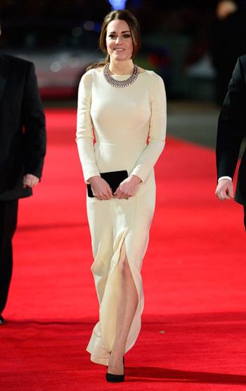 Кейт Миддлтон в светлом платье