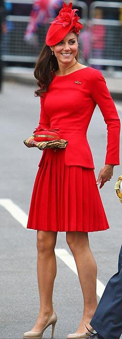 Кейт Миддлтон в платье от Alexander McQueen