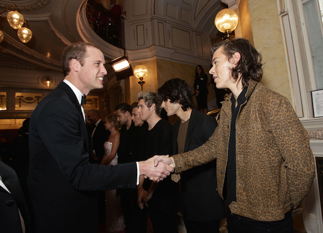 Принц Уильям с американской группой One Direction