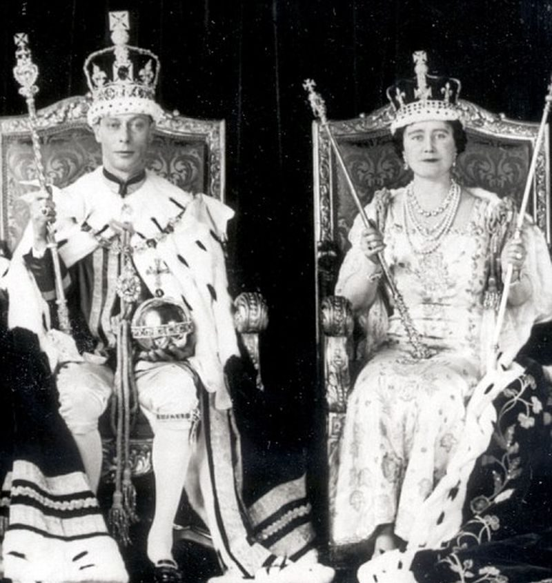 Король Георг VI и королева Елизавета на коронации, 1937 год.