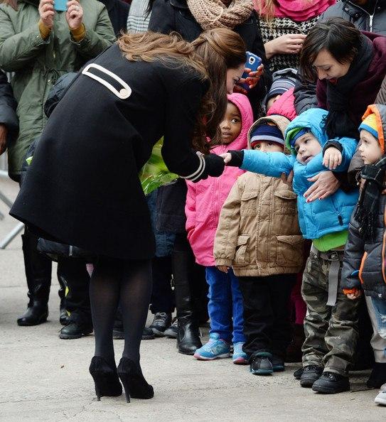 Кейт Миддлтон с детьми в Гарлеме
