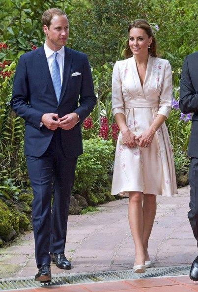 Кейт в восточном платье Тур Азия