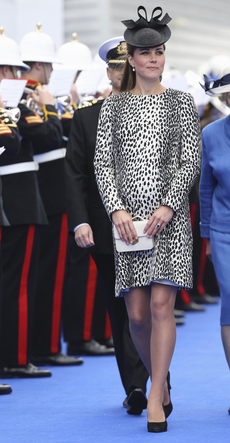 беременная кейт миддлтон в леопардовом платье