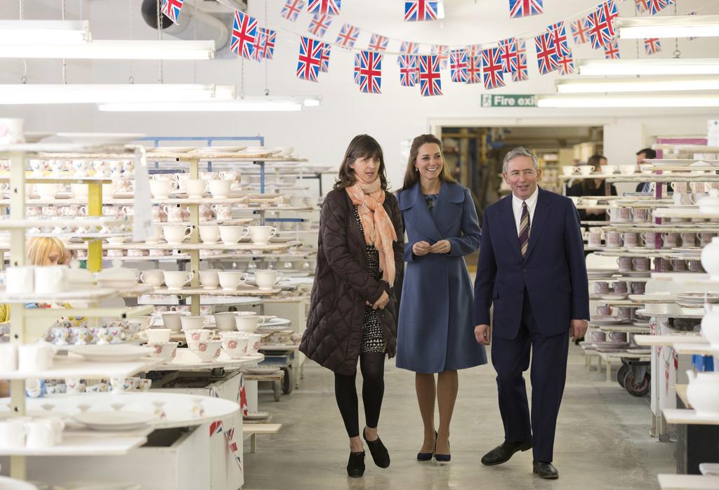 Kate+Middleton+Duchess+Cambridge+Visits+Emma+QPccEuQEcsfx