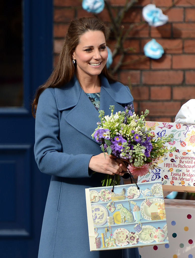 Kate+Middleton+Duchess+Cambridge+Visits+Emma+vxobffNKzVlx