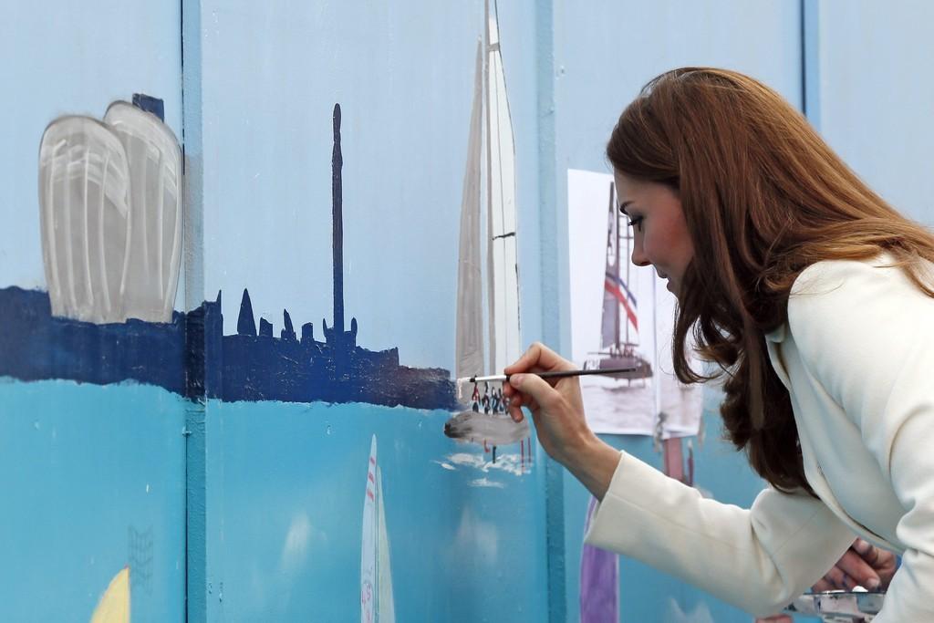 Кейт Миддлтон рисует