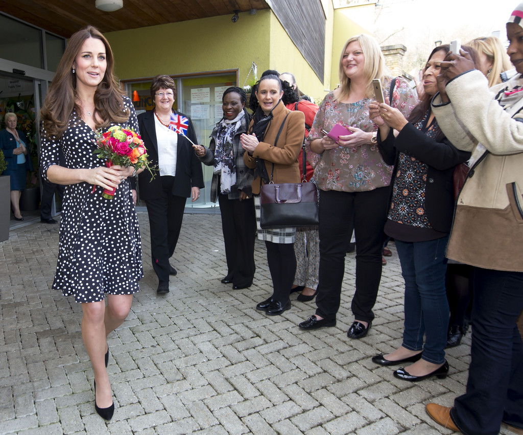 Kate+Middleton+Kate+Middleton+Visits+Brookhill+s-OITtcUmgpx