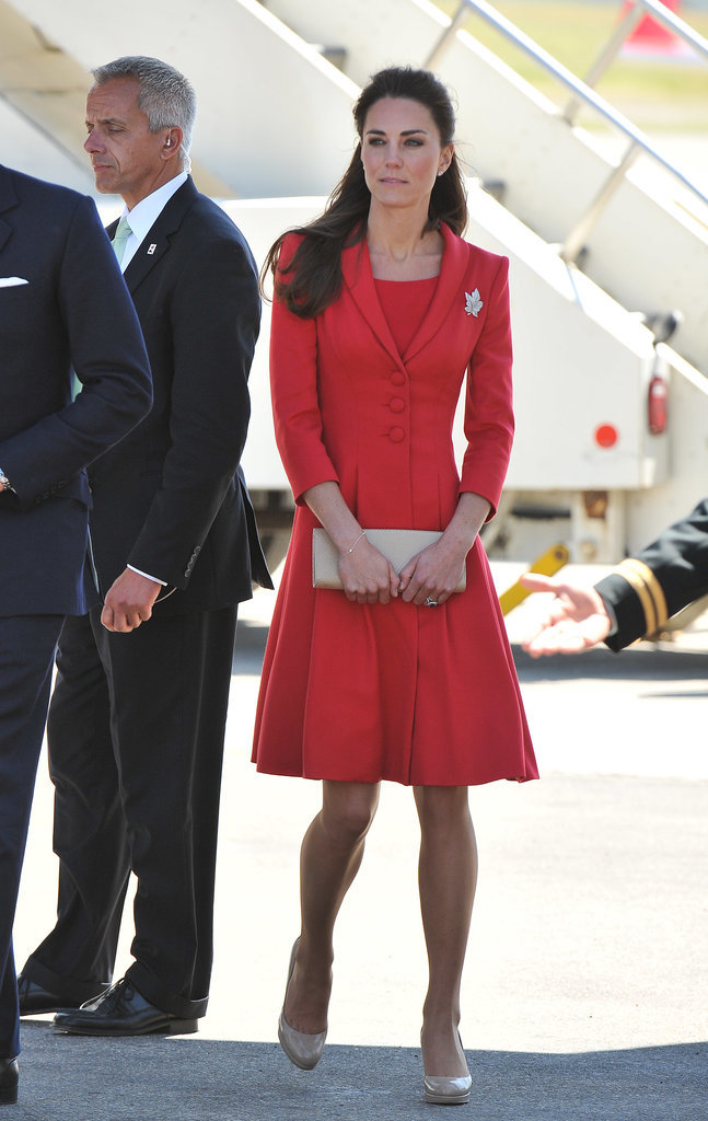 Kate-Middleton-Arriving-Calgary-2011