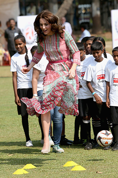 MUMBAI, INDIA - APRIL 10: Catherine, Duchess of Cambridge takes part in sporting activities with children children from Magic Bus, Childline and Doorstep, three non-governmental organizations, at Mumbai's iconic recreation ground, the Oval Maidan, during the royal visit to India and Bhutan on April 10, 2016 in Mumbai, India. (Photo by Chris Jackson/Getty Images)