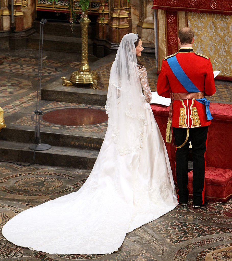 Kate-Middleton-Prince-William-Royal-Wedding-Pictures (15)