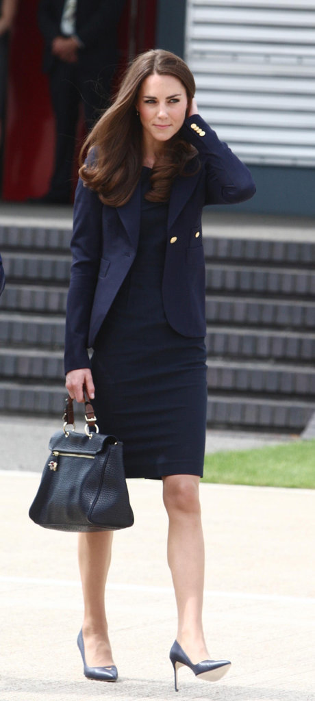 Kate-Middleton-blue-sheath-dress-blazer-leaving-UK