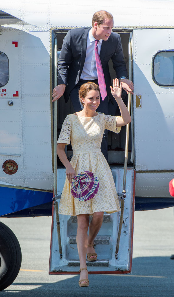 Kate-Middleton-chic-yellow-eyelet-dress-Prince-William