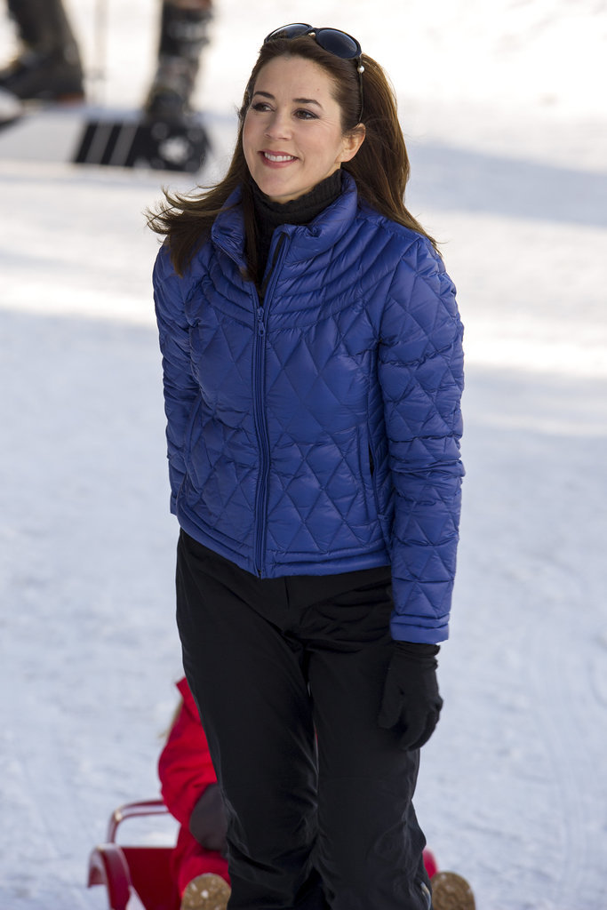 When-She-Still-Looked-Stylish-While-Skiing