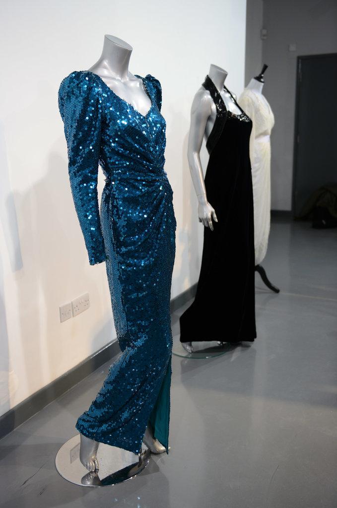 Princess-Diana-Catherine-Walker-Dress-Up-Auction1