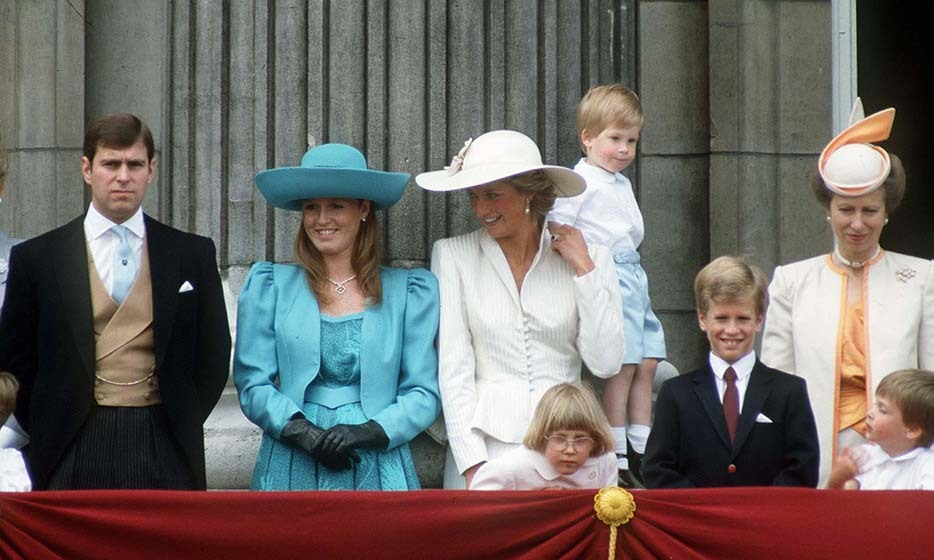 LONDON, UNITED KINGDOM - JUNE 13: (l To R) Prince Andrew, Sarah Duchess Of York, Princess Diana, Prince Harry, Peter Phillips, Princess Anne And Prince William On The Balcony Of Buckingham Palace For Trooping The Colour. (Photo by Tim Graham/Getty Images)