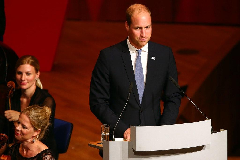 Речь Уильяма во время приема в Дюссельдорфе