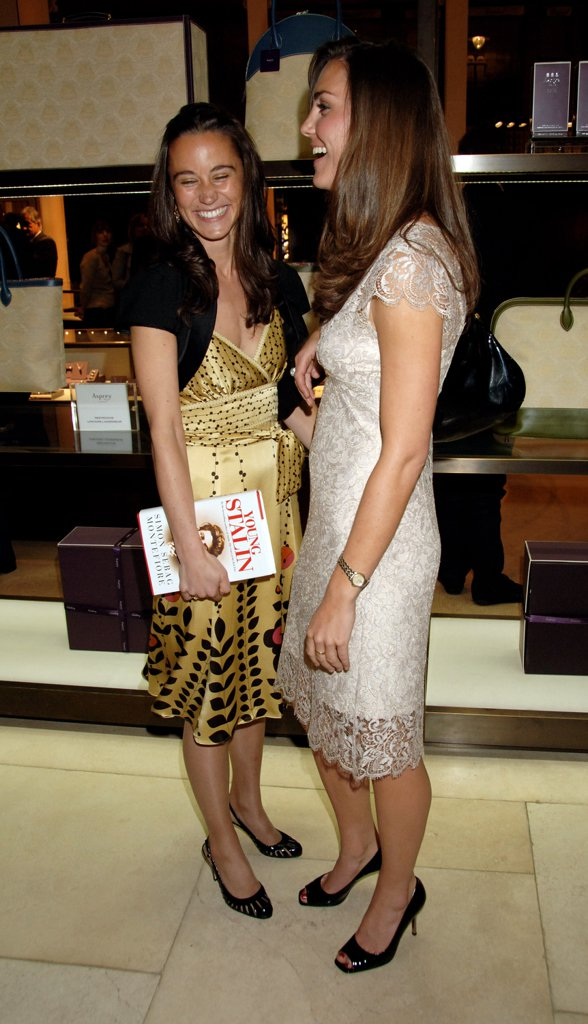 pippa-kate-shared-laugh-while-attending-book-launch-party