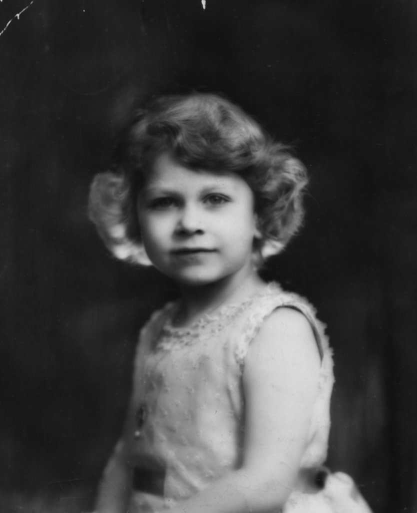 elizabeth-official-portrait-1931