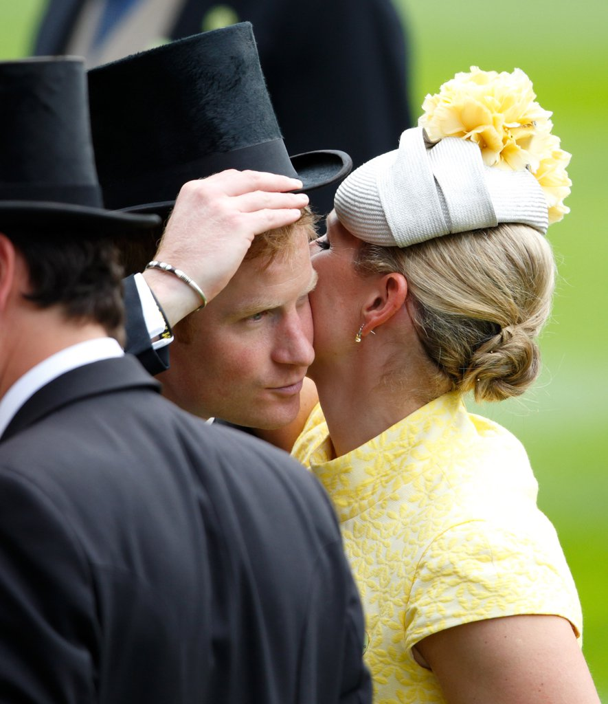 embracing-harry-so-hard-ascot-last-year-his-hat