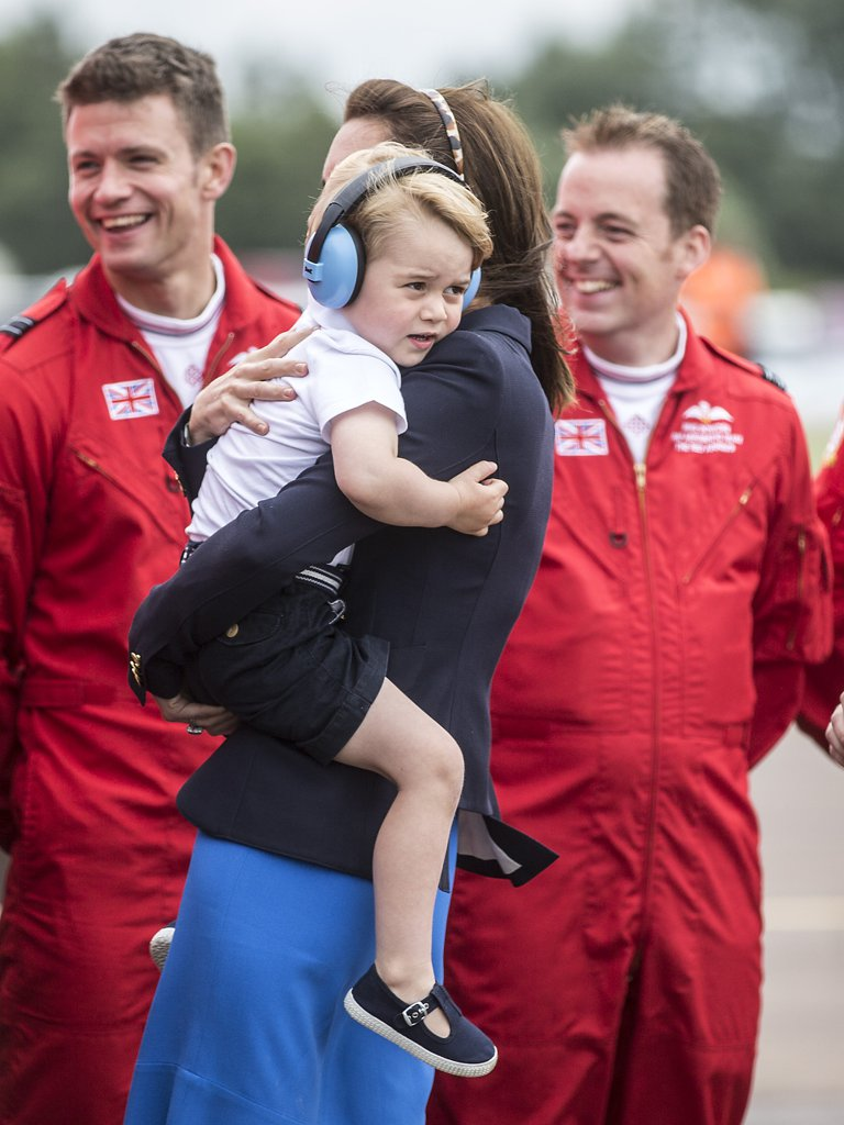 best-pictures-prince-george-princess-charlotte-201614