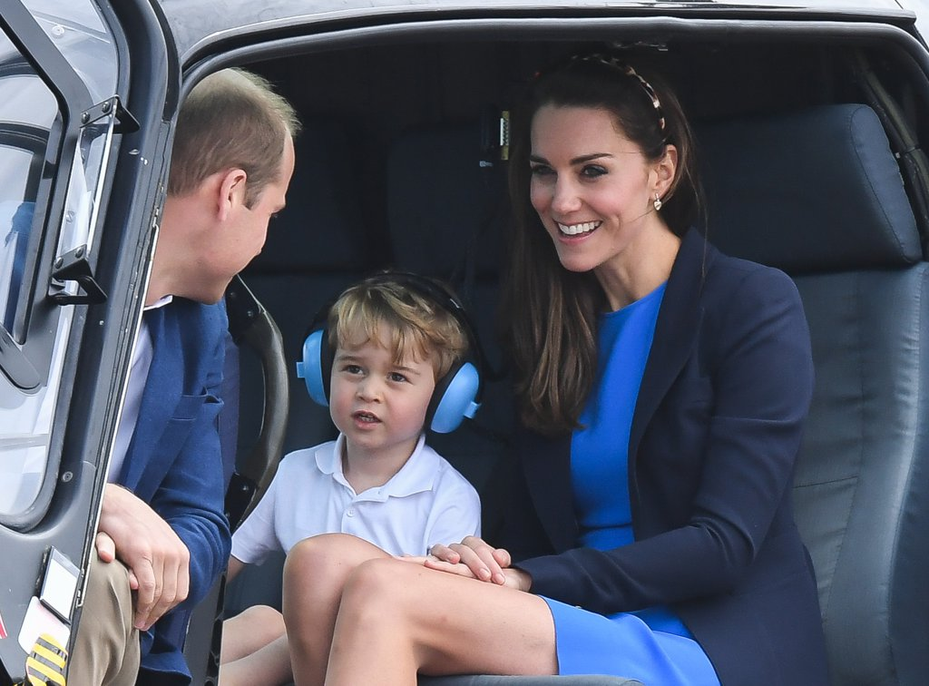 little-prince-caught-helicopter-ride-his-parents-back