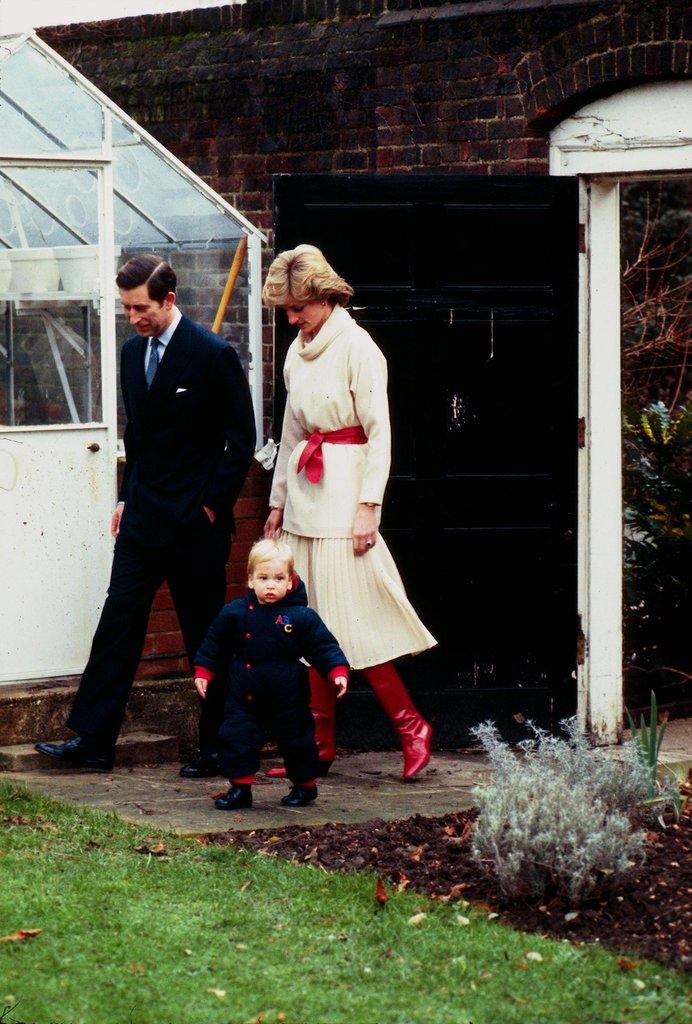 10 семейных традиций принцессы Дианы, которые соблюдают принц Гарри и принц Уильям