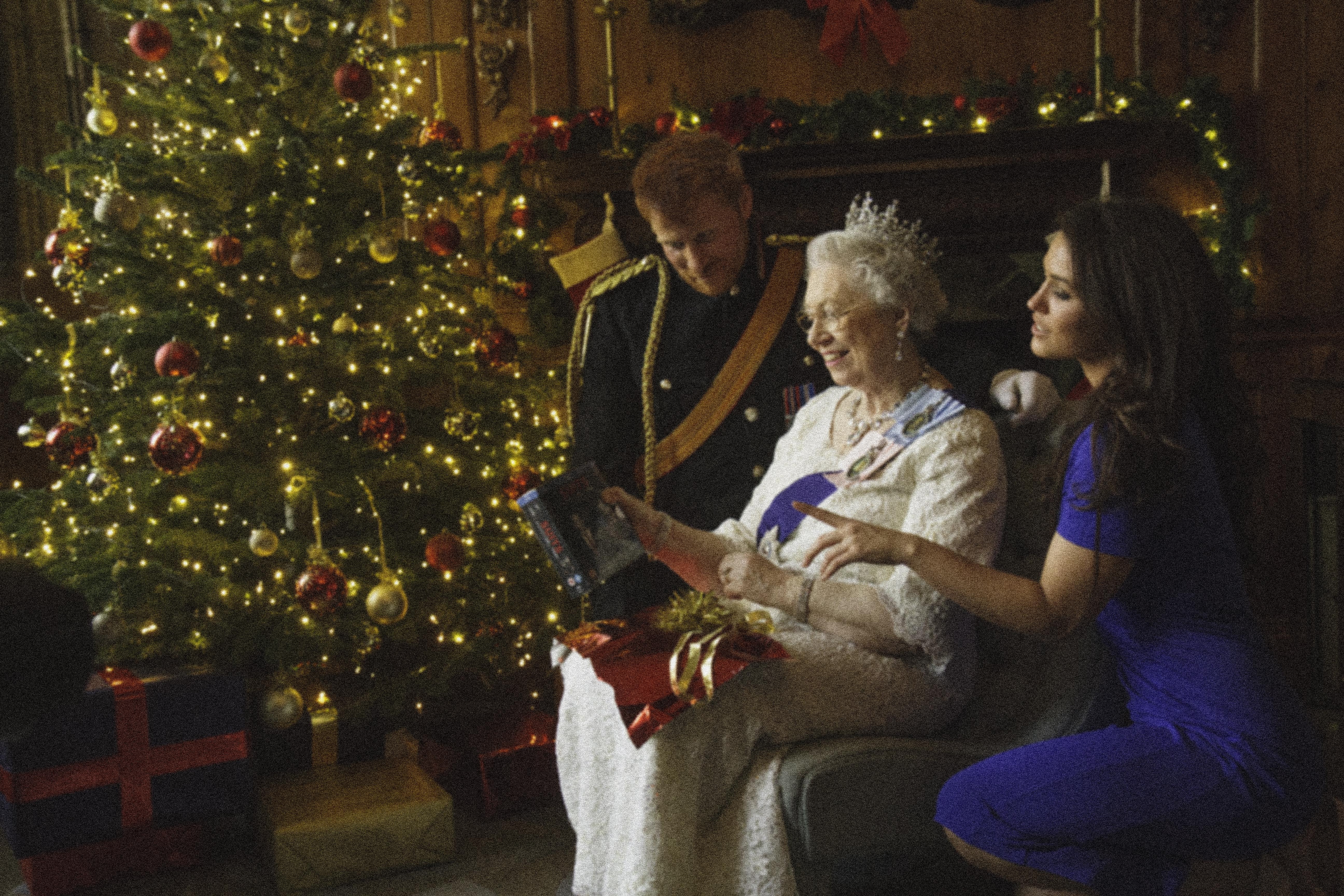 Фотоэксперимент: Представьте, как принц Гарри мог представлять Меган Королеве