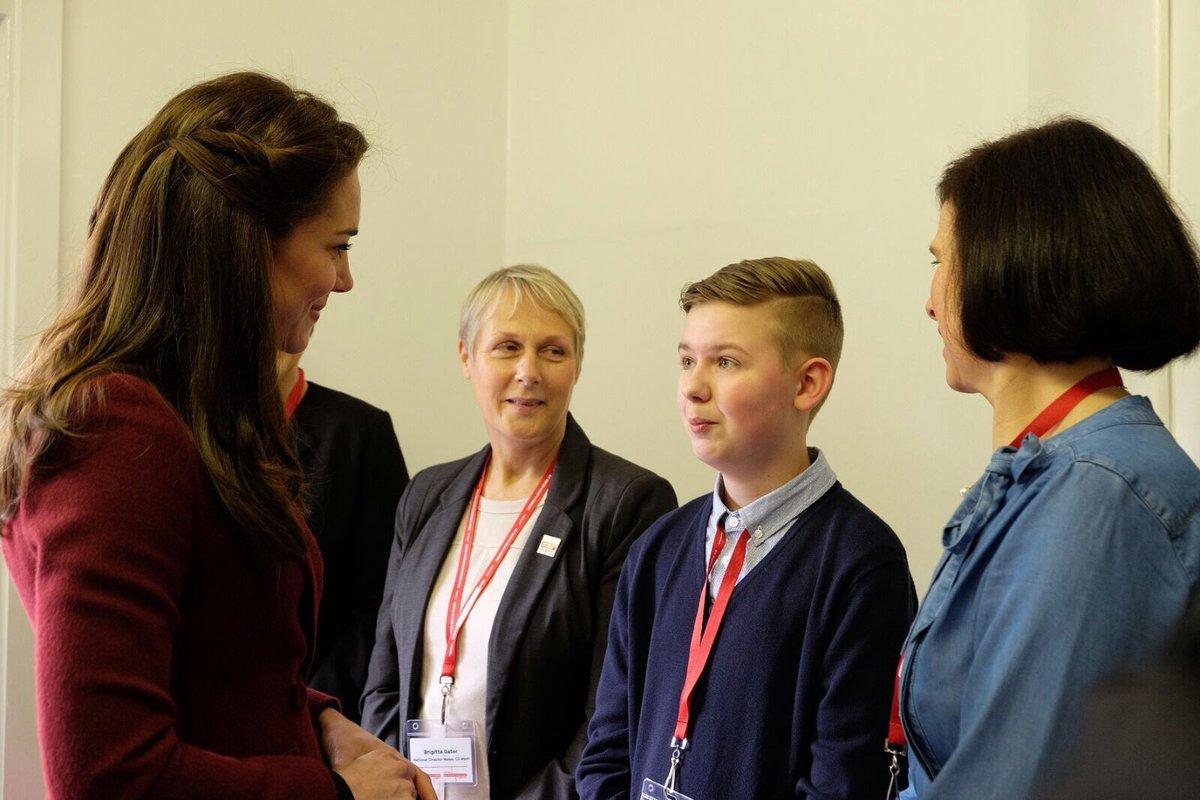 Кейт Миддлтон пришла в гости к двум проектам, помогающим детям