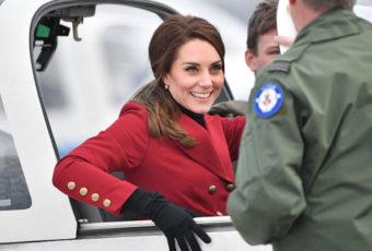 Кейт отметила день всех влюбленных с кадетами RAF