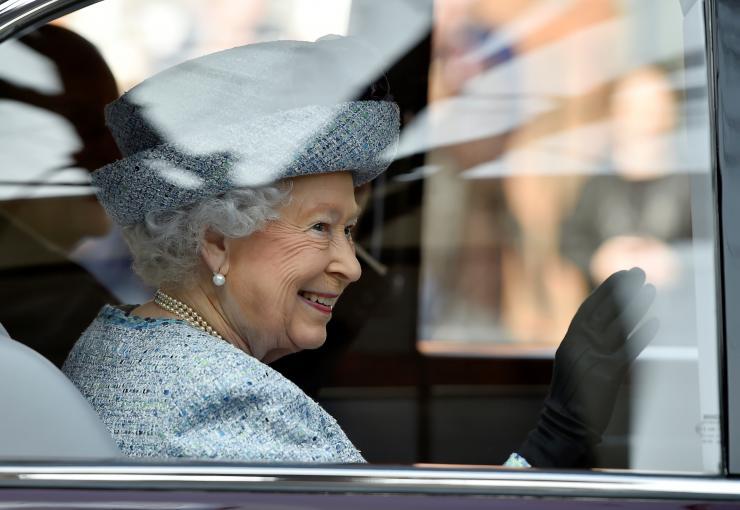 Принц Гарри познакомит Меган Маркл с Королевой в день матери
