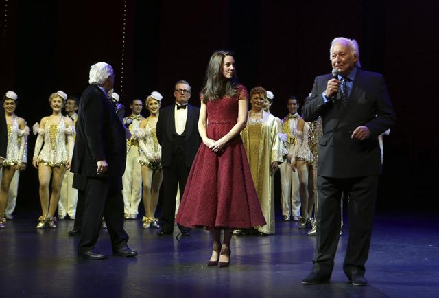 Кейт Миддлтон примерила на себя образ дивы 50-х на премьере мюзикла