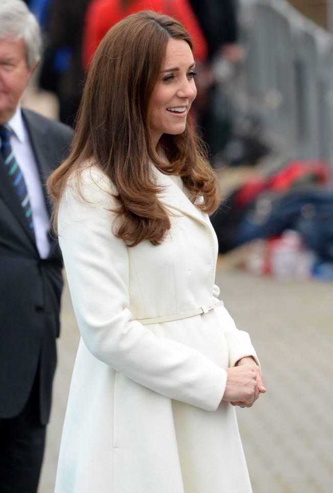 Кейт Миддлтон и ее секреты выбора пальто во время беременности