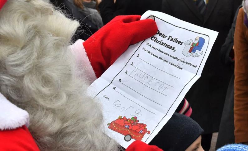 Сынишка Кейт Миддлтон в роли барашка в рождественском спектакле