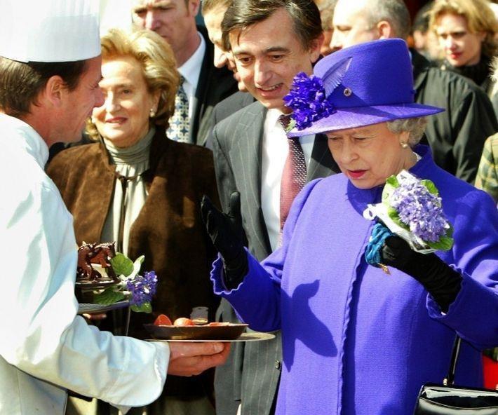 Повара уходят от Елизаветы II, Кейт Миддлтон, Уильяма и Чарльза