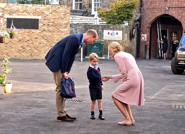 Дочурка Кейт Миддлтон принцесса Шарлотта с января пойдет в детскую школу