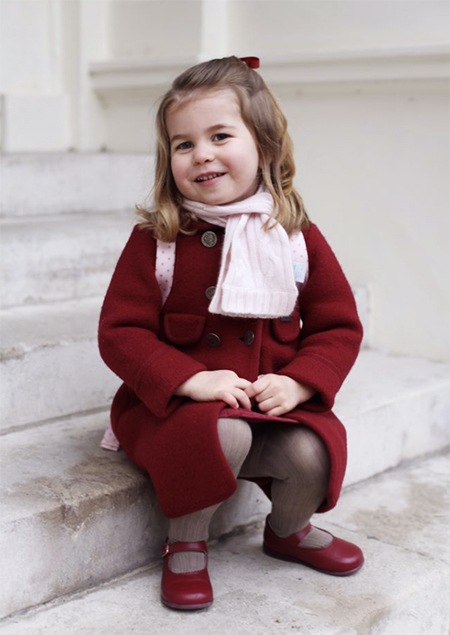 Поклонники Кейт Миддлтон в восторге от стиля принцессы Шарлотты