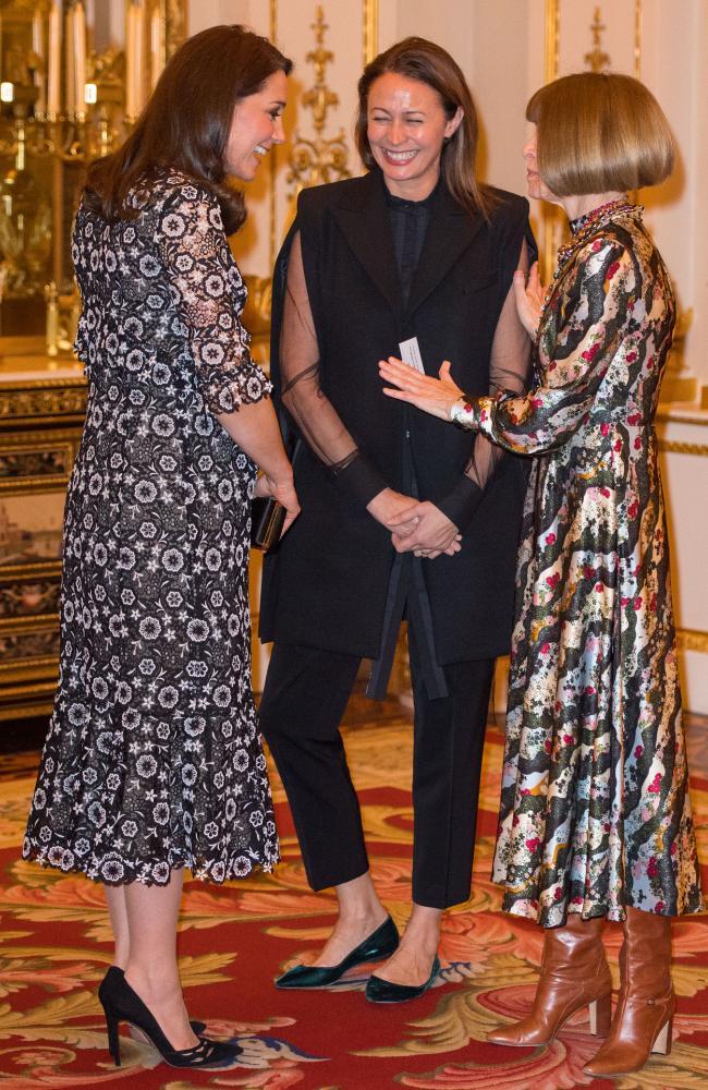Кейт Миддлтон открыла королевский модный прием в Букингемском дворце