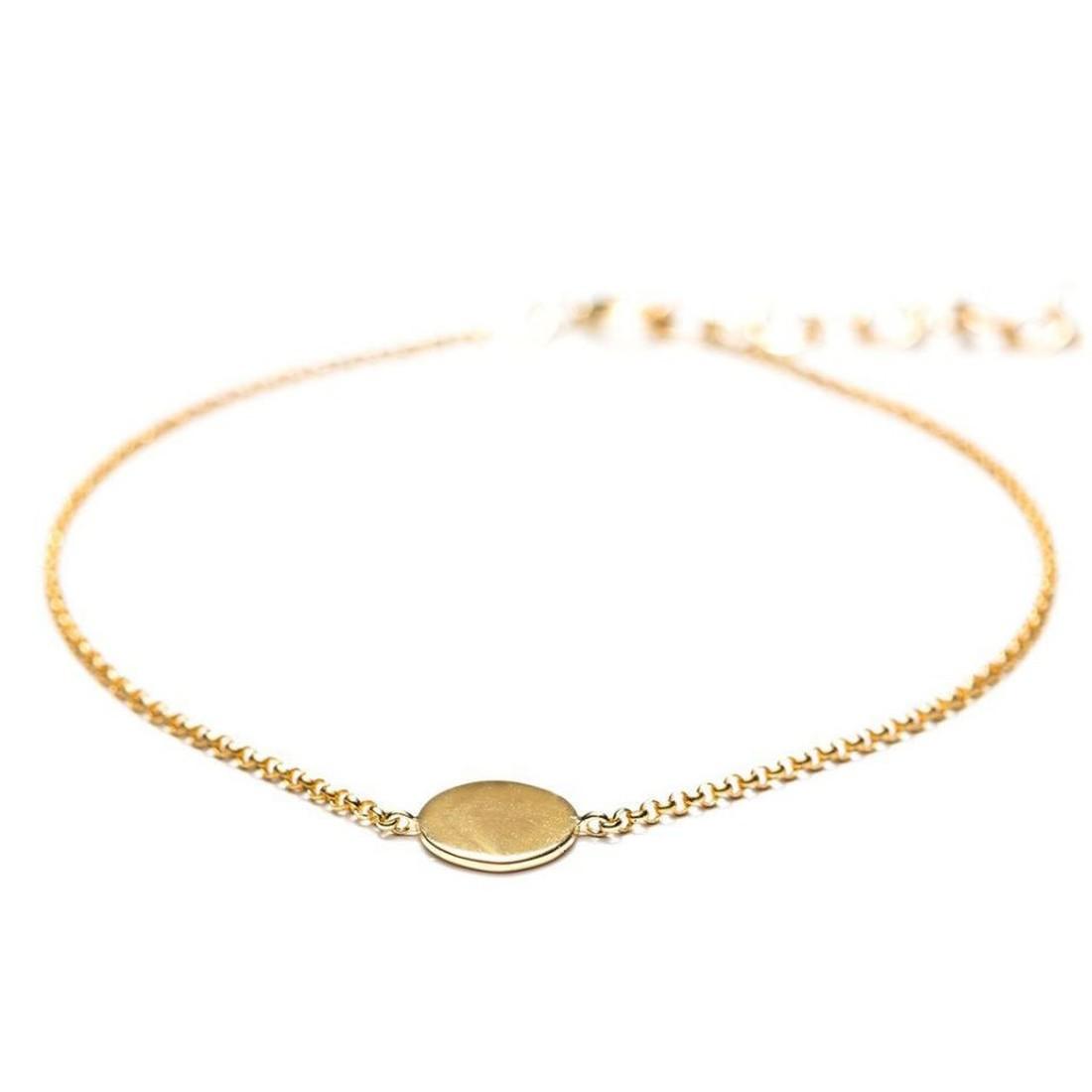 Кейт Миддлтон получила золотой браслет в подарок от Меган Маркл