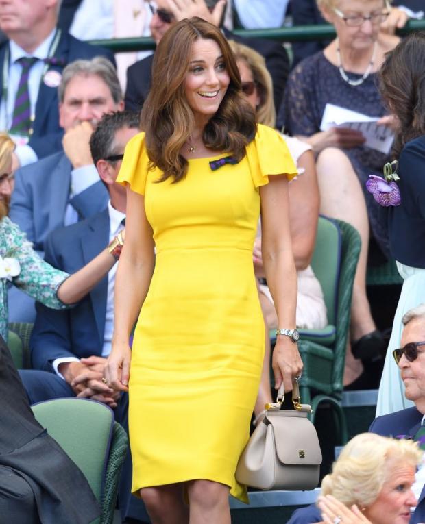 Принц Уильям подарил Кейт Миддлтон новое кольцо