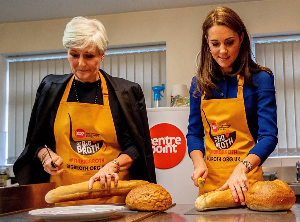 Принц Уильям и Кейт Миддлтон приготовили благотворительный обед