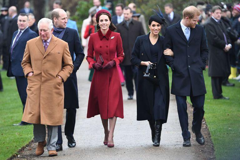 Кейт Миддлтон и Меган Маркл с мужьями посетили рождественскую службу