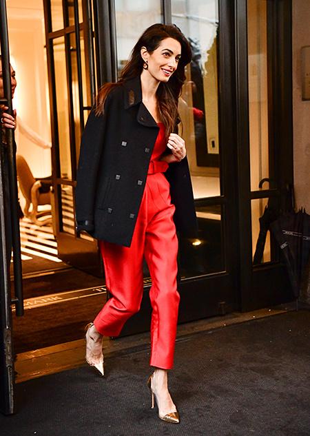 Роскошный образ Амаль Клуни на вечеринке Меган Маркл baby shower