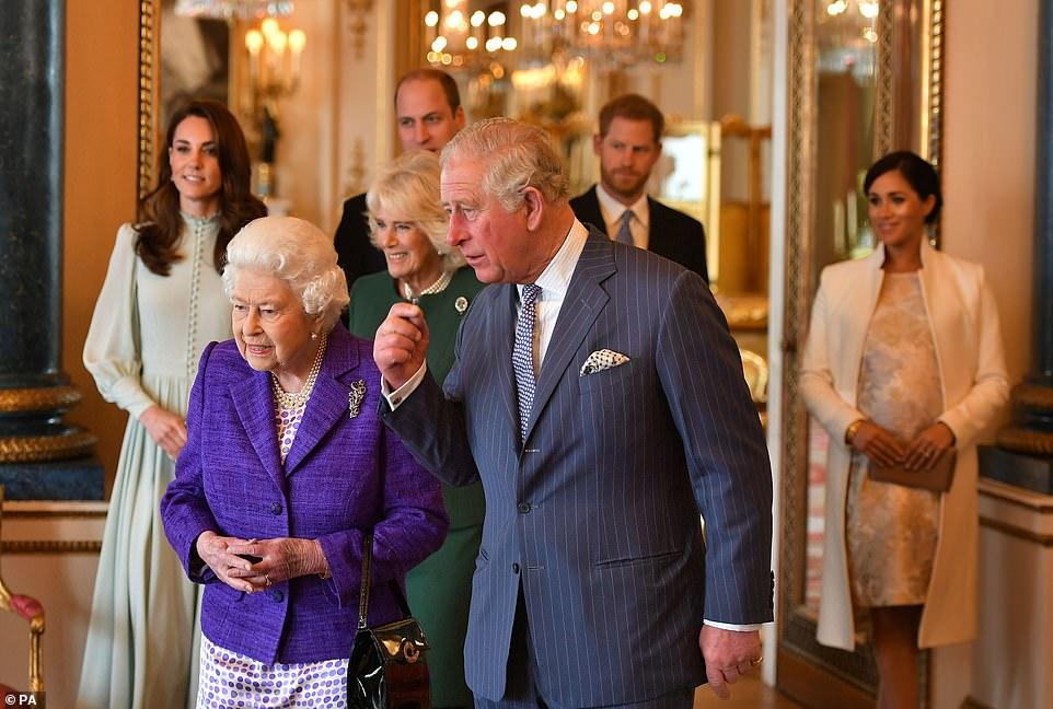Образы Кейт Миддлтон и Меган Маркл на торжественной церемонии в честь принца Чарльза