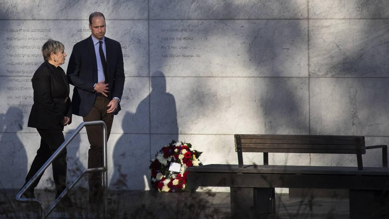 Принц Уильям побывал в больнице Окленда и посетил церемонию АНЗАК