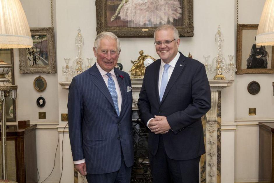 Елизавета II провела аудиенцию премьер-министру Австралии и его жене
