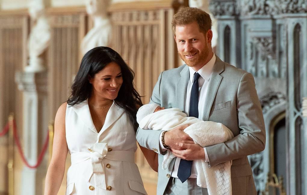 Принц Гарри и Меган Маркл опубликовали новое фото своего сына