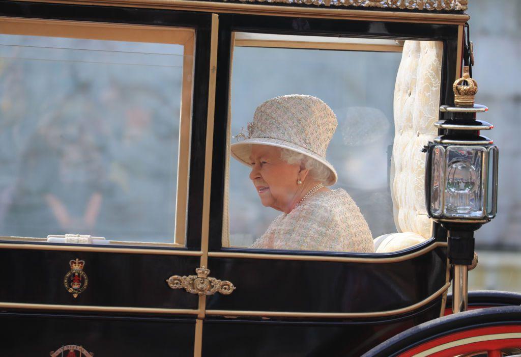 Кейт Миддлтон, принц Гарри, Меган Маркл и другие на параде Trooping the Colour в честь Елизаветы II