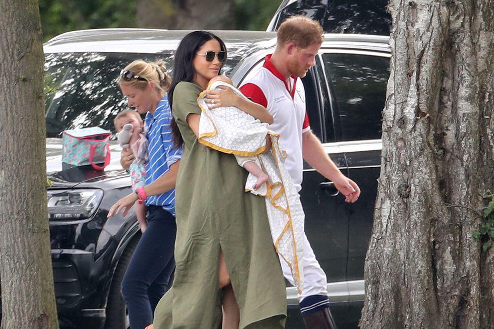 Кейт Миддлтон и Меган Маркл с детьми поддержали принцев Уильяма и Гарри на матче в поло