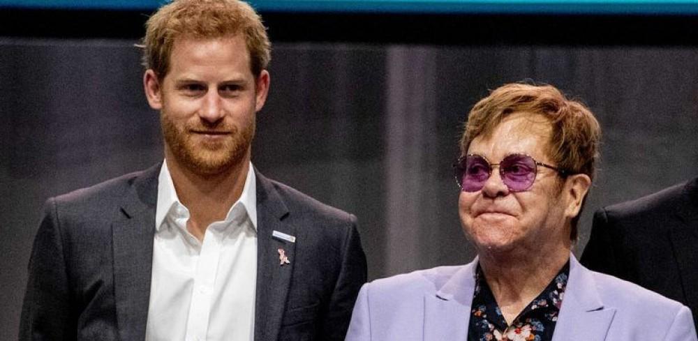 Элтон Джон вступился за принца Гарри и Меган Маркл