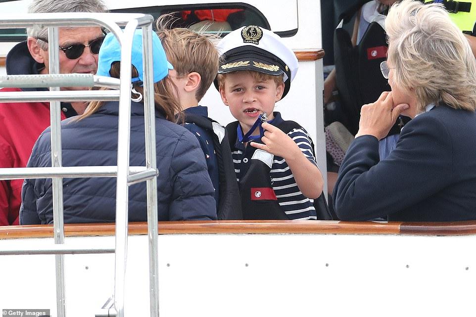 Дети принца Уильяма и Кейт Миддлтон поддержали родителей на парусной регате